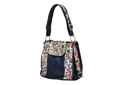 Тъмно синя дамска чанта-Цветя Код 827-10