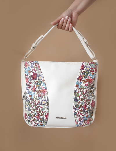 Бяла Дамска Чанта-Цветя Код 887-03