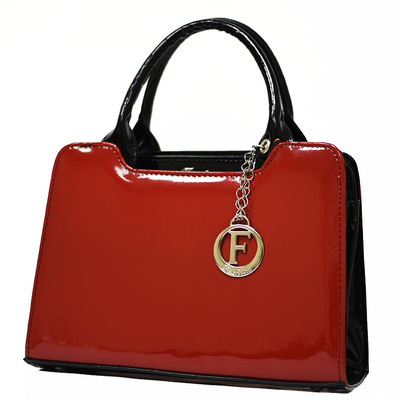 Червена Дамска Чанта-Лак 821 Б-02